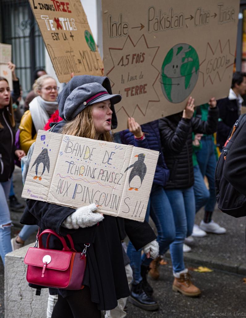 pancarte d'une lycéenne