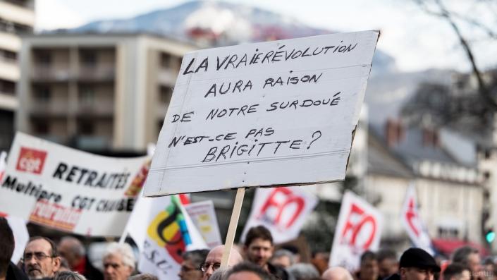 "pancarte ""revolution"""