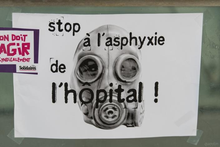 """pancarte """"asphyxie de l'hosto"""""""