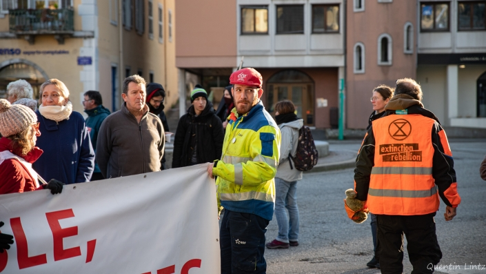 agent EDF en manifestation chambéry