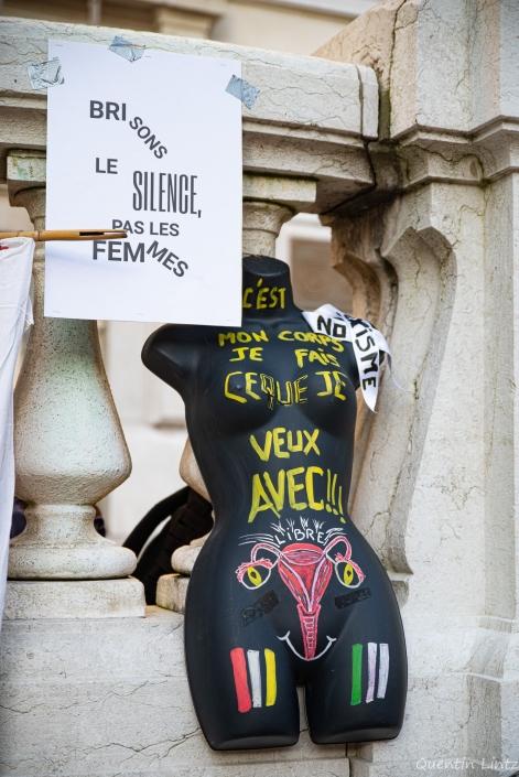 mannequin féministe