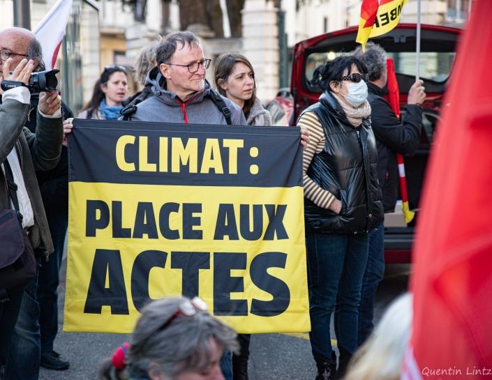 """pancarte """"climat place aux actes"""""""