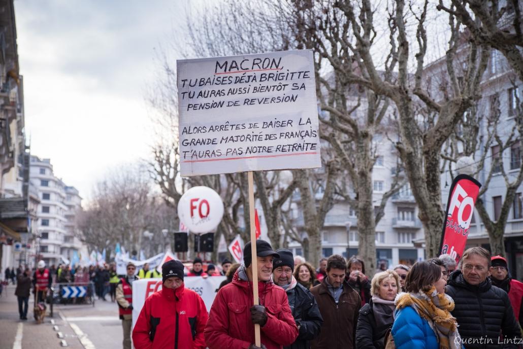 pancarte durant la manifestation