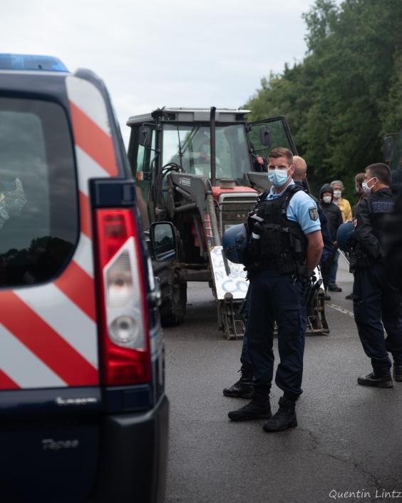 gendarme surveillant